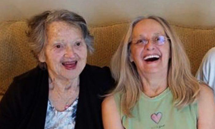 A 88 ans, elle retrouve sa fille qu'elle croyait morte pendant son accouchement il y a 69 ans