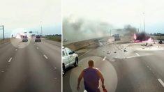 Une voiture prend feu devant les yeux d'un camionneur, puis sa caméra capture un miracle