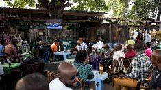 Les bars de Kinshasa au cœur d'une campagne d'assainissement des mœurs