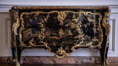 Le grand retour d'une commode royale à Versailles