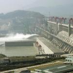 Des faiblesses structurelles révélées par Google Earth sur l'immense barrage des Trois Gorges en Chine