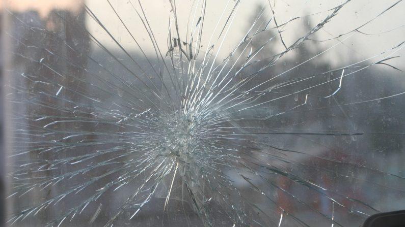 Toulouse: poursuivie par un automobiliste, une conductrice de 19 ans panique après que la vitre arrière de sa voiture a volé en éclats